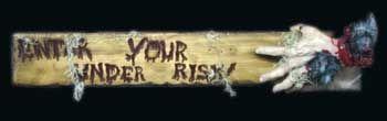 Auf eigenes Risiko! Hinweisschild