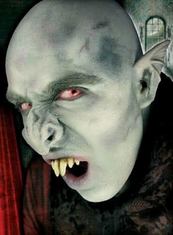 Vampire Nose Latex