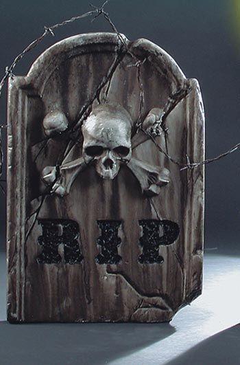 Skull and Bones Grabstein grau