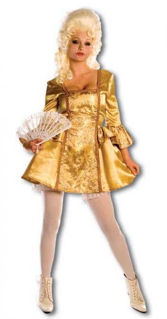 Sisie Marie Costume. L