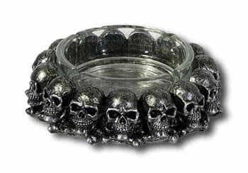 Glas Aschenbecher mit Totenköpfe