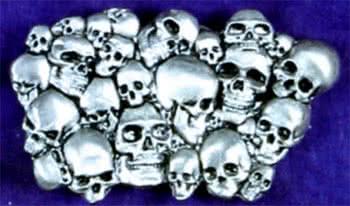Gürtelschnalle Pile of Skull