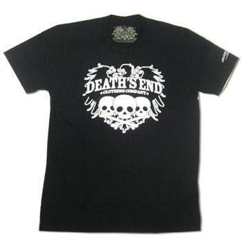 Three Skulls T Shirt Size L