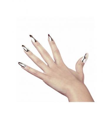 Metallic silver fingernails