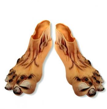 Dirty giant feet