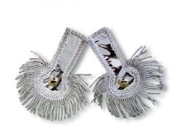 Silberne Schulterstücke