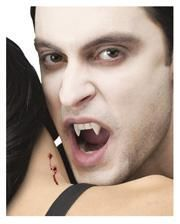 Halloween-Vampirzähne